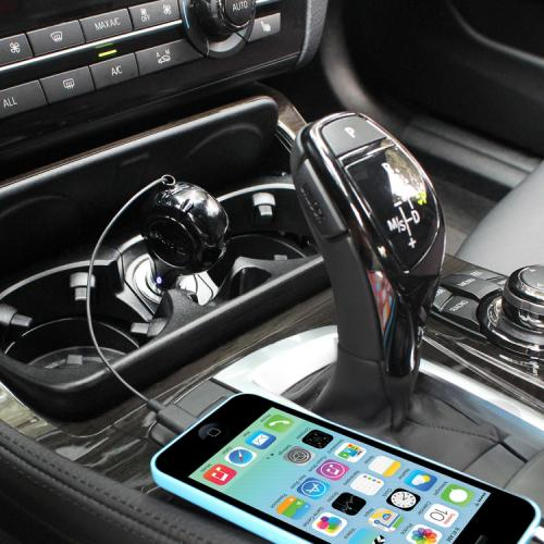 Cellet Black Apple Licensed 1A Lightning Compatible 8 Pin Retractable Car Charger (Made for iPhone and iPod)