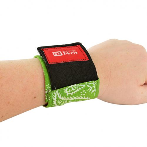 Cooling Wrist Band/Wrap for Sports, Exercise, Running, Hiking, Gardening - Just Wet and Stay Cool for Hours! - 2.5x11 inches [Green Bandana Design]