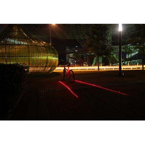 Bicycle Rear Tail LED Light Lamp 3 LED Safety Light - Perfect For Riding at Night!