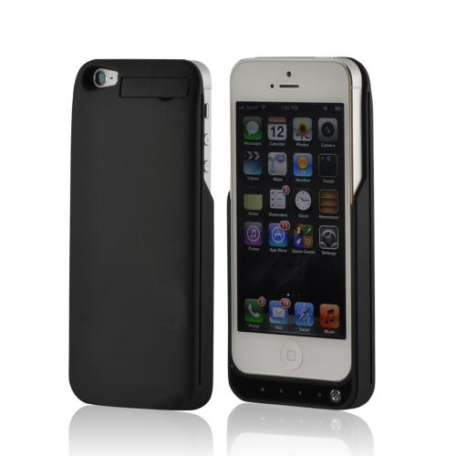 Black Rubberized Hard Charging Case for Apple iPhone 5/5S w/ Kickstand (2000 mAh)