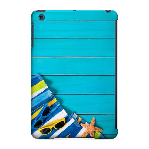 Geeks Designer Line (GDL) Slim Hard Case for Apple iPad Mini - Decked Out