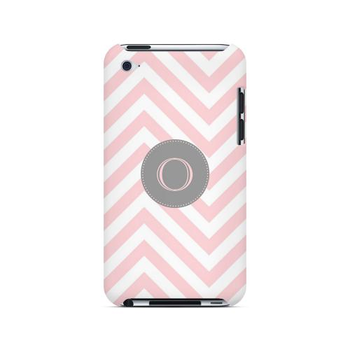 Gray Button O on Pale Pink Zig Zags - Geeks Designer Line Monogram Series Hard Case for Apple iPod Touch 4
