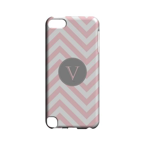 Gray Button V on Pale Pink Zig Zags - Geeks Designer Line Monogram Series Hard Case for Apple iPod Touch 5