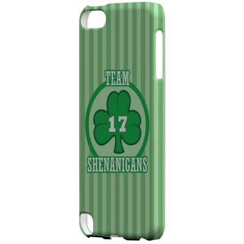 Team Shenanigans - Geeks Designer Line Holiday Series Hard Case for Apple iPod Touch 5