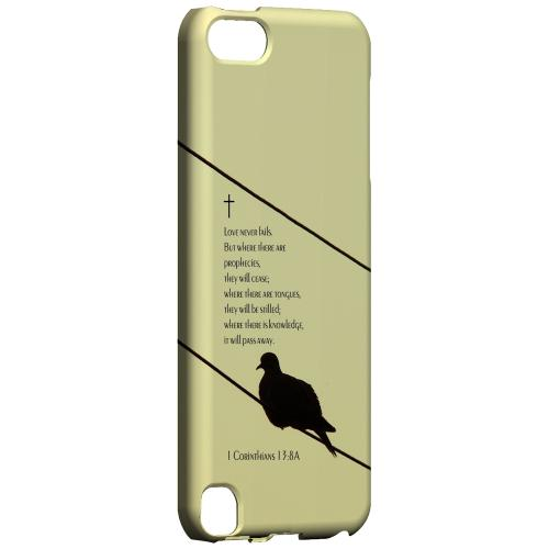 Geeks Designer Line (GDL) Slim Hard Case for Apple iPod Touch 5 - Corinthians 13:8A