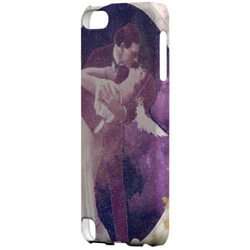 Geeks Designer Line (GDL) Slim Hard Case for Apple iPod Touch 5 - A Midsummer Night Swoon