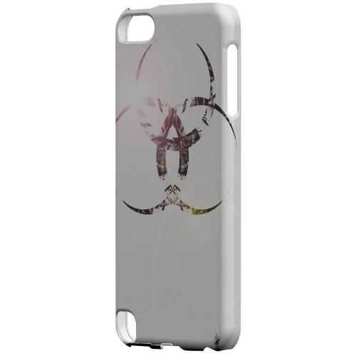 Geeks Designer Line (GDL) Slim Hard Case for Apple iPod Touch 5 - Ghost Town