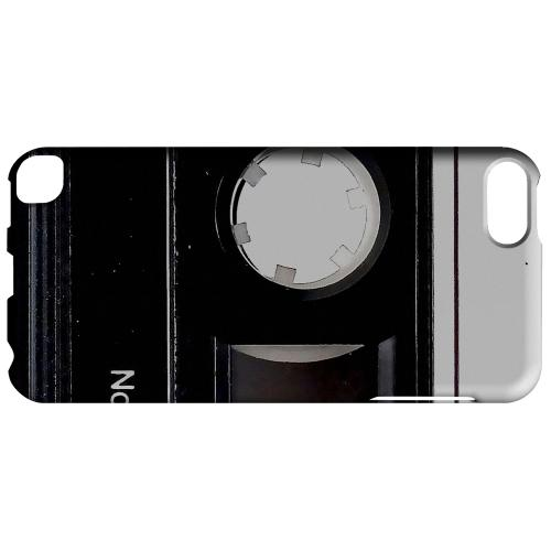 Geeks Designer Line (GDL) Slim Hard Case for Apple iPod Touch 5 - Black Cassette Close Up