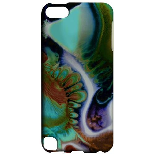 Geeks Designer Line (GDL) Slim Hard Case for Apple iPod Touch 5 - Shades of Eunmi