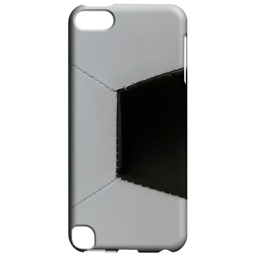 Geeks Designer Line (GDL) Slim Hard Case for Apple iPod Touch 5 - Soccer Ball