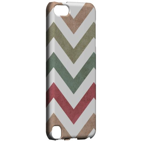 Geeks Designer Line (GDL) Slim Hard Case for Apple iPod Touch 5 - Grungy Green/ Red on White