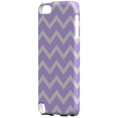 Geeks Designer Line (GDL) Slim Hard Case for Apple iPod Touch 5 - White on Light Purple