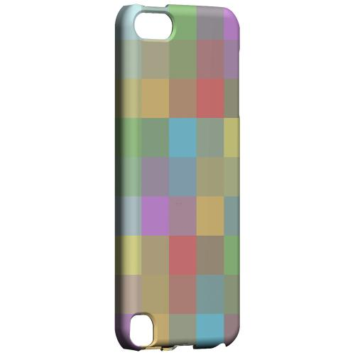 Geeks Designer Line (GDL) Slim Hard Case for Apple iPod Touch 5 - Pixelated