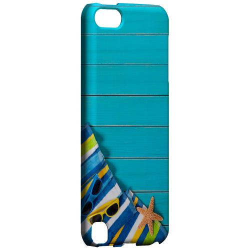 Geeks Designer Line (GDL) Slim Hard Case for Apple iPod Touch 5 - Decked Out