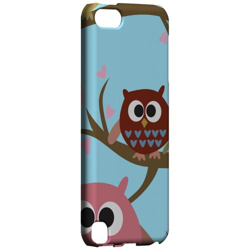 Geeks Designer Line (GDL) Slim Hard Case for Apple iPod Touch 5 - Round Owl Hangout