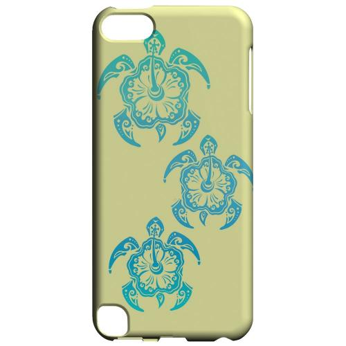Geeks Designer Line (GDL) Slim Hard Case for Apple iPod Touch 5 - Blue Island Turtle Trail on yellow