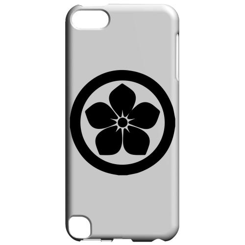 Geeks Designer Line (GDL) Slim Hard Case for Apple iPod Touch 5 - Kikyo Kamon v.2