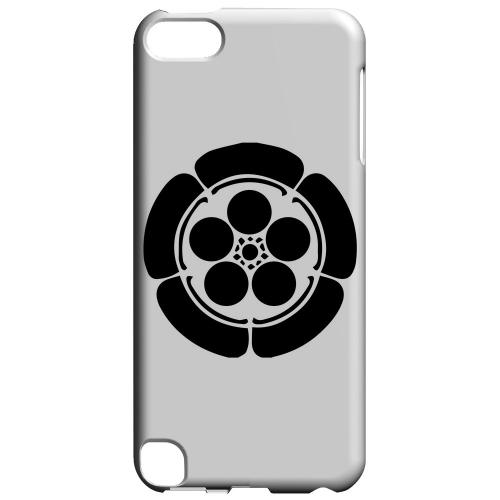 Geeks Designer Line (GDL) Slim Hard Case for Apple iPod Touch 5 - Umebachi Kamon v.4