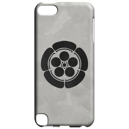 Geeks Designer Line (GDL) Slim Hard Case for Apple iPod Touch 5 - Umebachi Kamon on Paper v.4