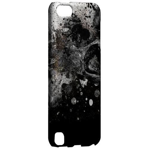 Geeks Designer Line (GDL) Slim Hard Case for Apple iPod Touch 5 - Collapse