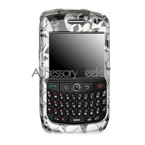 Blackberry Curve 8900 Protective Hard Case - Skulls