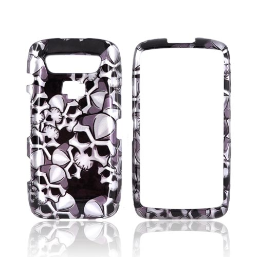 Blackberry Torch 9850 Hard Case - Silver Skulls on Black