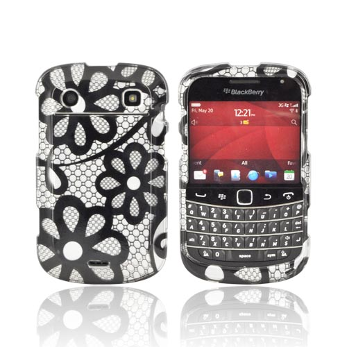 Blackberry Bold 9900, 9930 Hard Case - Purple Lace Flowers on Silver