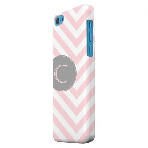 Geeks Designer Line (GDL) Apple iPhone 5C Matte Hard Back Cover - Gray Button Monogram C on Pale Pink Zig Zags