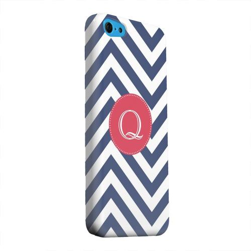 Geeks Designer Line (GDL) Apple iPhone 5C Matte Hard Back Cover - Cherry Button Monogram Q on Navy Blue Zig Zags
