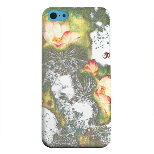 Geeks Designer Line (GDL) Apple iPhone 5C Matte Hard Back Cover - Lotus Flowers