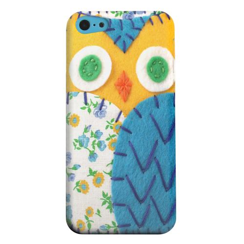 Geeks Designer Line (GDL) Apple iPhone 5C Matte Hard Back Cover - Gold/ Blue Owl