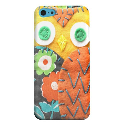 Geeks Designer Line (GDL) Apple iPhone 5C Matte Hard Back Cover - Yellow/ Orange Owl
