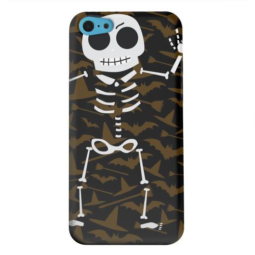 Geeks Designer Line (GDL) Apple iPhone 5C Matte Hard Back Cover - Dancing Skeleton on Witch Hat/Broom/Bat