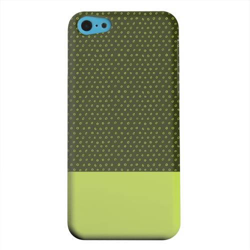 Geeks Designer Line (GDL) Apple iPhone 5C Matte Hard Back Cover - Little Circle Dots Tender Shoots
