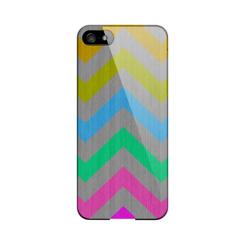 Grungy Multi-Colors on Gray Geeks Designer Line Zig Zag Series Slim Hard Case for Apple iPhone 5/5S