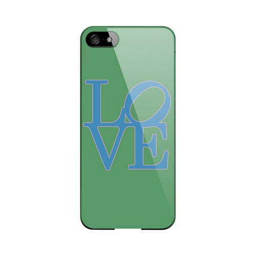 Blue Love on Green Geeks Designer Line Heart Series Slim Hard Case for Apple iPhone 5/5S