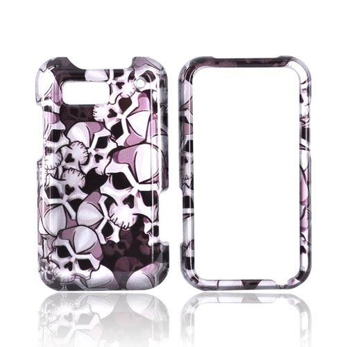 Luxmo Motorola Defy Hard Case - Silver Skulls on Black