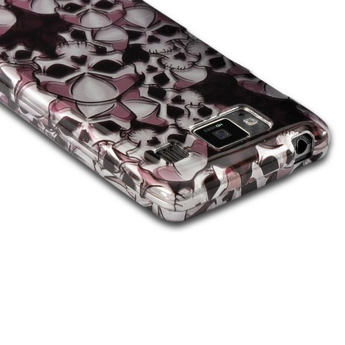 Silver Skulls on Black Hard Case for Motorola Droid RAZR MAXX HD