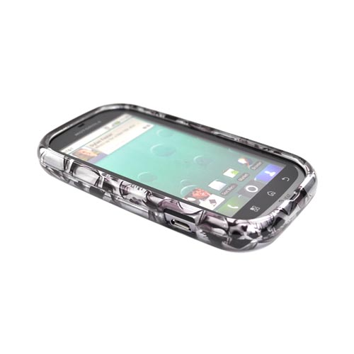 Luxmo Motorola Bravo MB520 Hard Case - Black Skulls on Silver