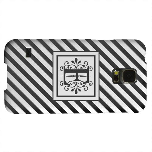 Geeks Designer Line (GDL) Samsung Galaxy S5 Matte Hard Back Cover - Vintage Vine Monogram E On Black Slanted Stripes