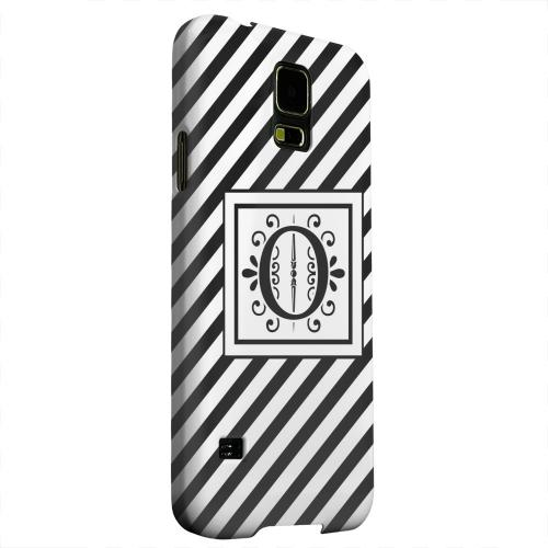 Geeks Designer Line (GDL) Samsung Galaxy S5 Matte Hard Back Cover - Vintage Vine Monogram O On Black Slanted Stripes