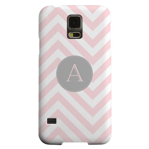 Geeks Designer Line (GDL) Samsung Galaxy S5 Matte Hard Back Cover - Gray Button Monogram A on Pale Pink Zig Zags