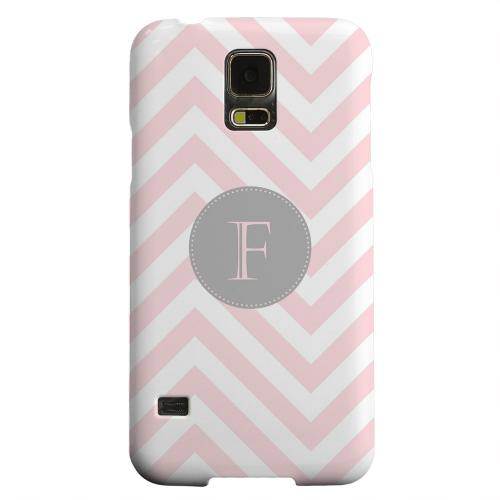 Geeks Designer Line (GDL) Samsung Galaxy S5 Matte Hard Back Cover - Gray Button Monogram F on Pale Pink Zig Zags