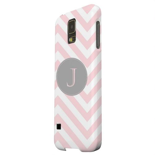 Geeks Designer Line (GDL) Samsung Galaxy S5 Matte Hard Back Cover - Gray Button Monogram J on Pale Pink Zig Zags