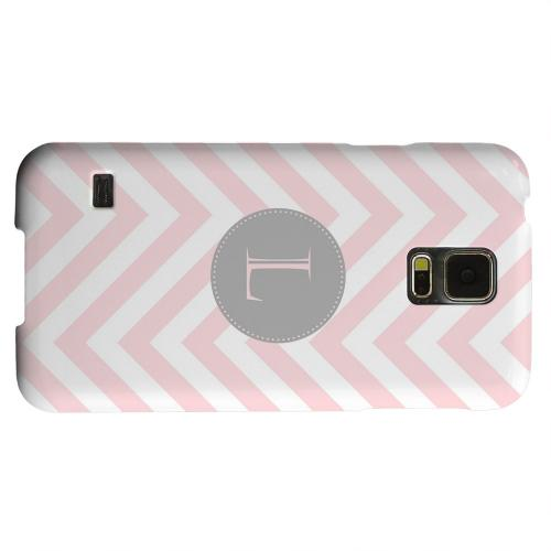 Geeks Designer Line (GDL) Samsung Galaxy S5 Matte Hard Back Cover - Gray Button Monogram L on Pale Pink Zig Zags