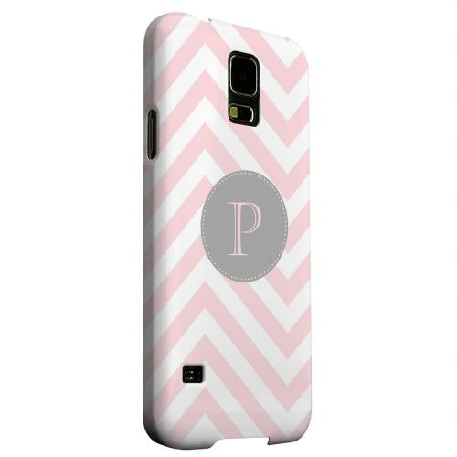 Geeks Designer Line (GDL) Samsung Galaxy S5 Matte Hard Back Cover - Gray Button Monogram P on Pale Pink Zig Zags
