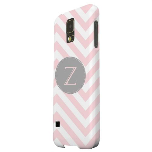 Geeks Designer Line (GDL) Samsung Galaxy S5 Matte Hard Back Cover - Gray Button Monogram Z on Pale Pink Zig Zags