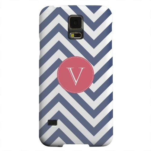 Geeks Designer Line (GDL) Samsung Galaxy S5 Matte Hard Back Cover - Cherry Button Monogram V on Navy Blue Zig Zags