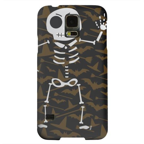 Geeks Designer Line (GDL) Samsung Galaxy S5 Matte Hard Back Cover - Dancing Skeleton on Witch Hat/Broom/Bat