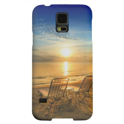 Geeks Designer Line (GDL) Samsung Galaxy S5 Matte Hard Back Cover - Beach Chair Sunrise
